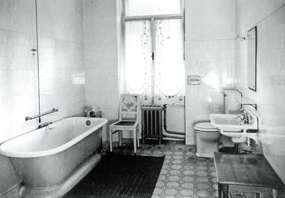 Hotelbad aus dem Jahre 1909